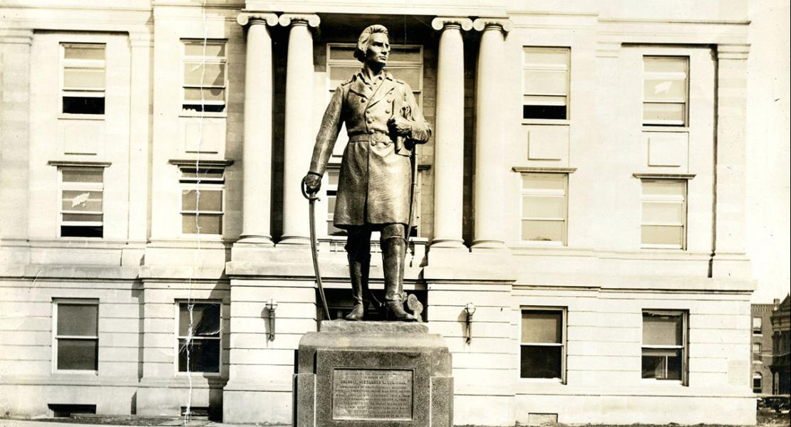 The statue of Alexander Doniphan at the Ray County Courthouse in Richmond, Missouri.